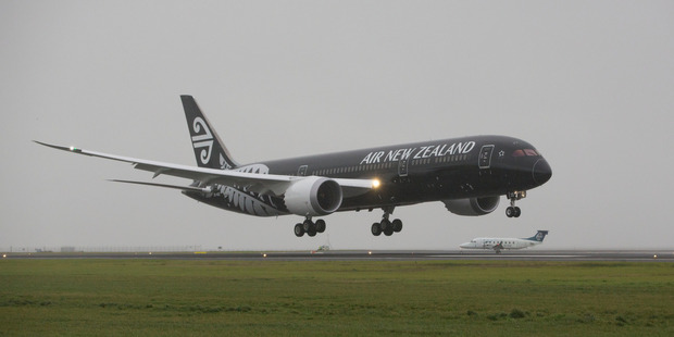 An Air New Zealand's Boeing 787-9 Dreamliner at Auckland Airport. Photo / Peter Meecham