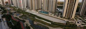Rio's 'wall of shame' between slums and Olympic image