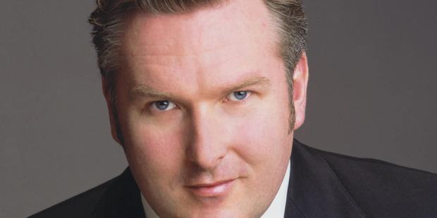 Simon O'Neill is Otello