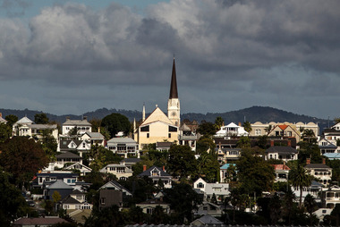 It doesn't surprise me that so many houses in Auckland are simply kept vacant. Photo / Michael Craig