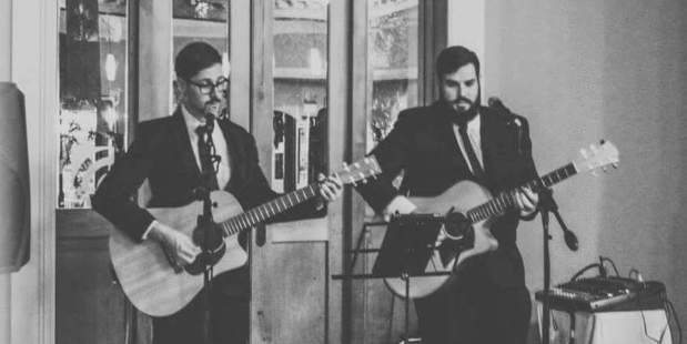 Aaron Gash and Tim Archer will perform at the Sarjeant on the Quay this weekend.