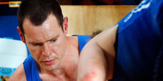 Sam Welch, pictured at a shearing competition in 2007, damaged his hand on his farm and was unable to contact emergency services for help. Photo / File