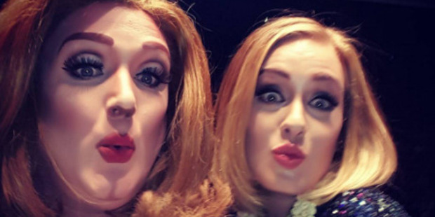 """Kris Zello got to meet his """"idol"""" Adele and join her on stage. Photo / Instagram"""
