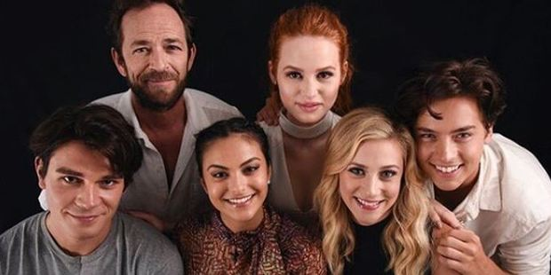 KJ Apa and the rest of the Riverdale crew at SDCC.