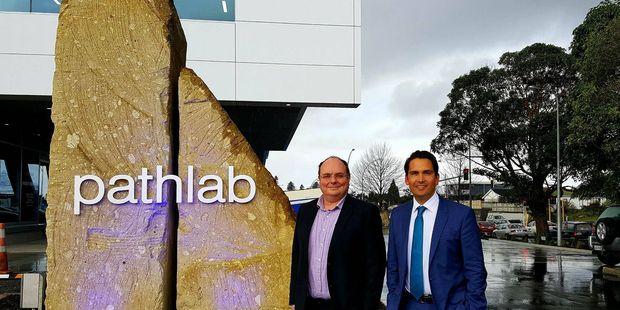 Pathlab pathologist and director Dr Richard Massey and Tauranga MP Simon Bridges opened the new Pathlab facility today. Photo/Sonya Bateson