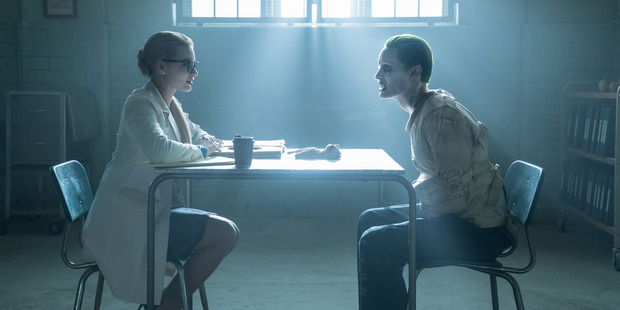 Harley Quinn (Margot Robbie) was a psychologist who fell in love with The Jokers (Jared Leto).