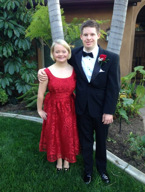 Glee star Lauren Potter and Timothy Spear are getting married. Photo / Twitter