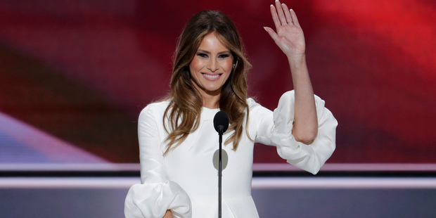 U.S. tabloid now publishes nude photos of Melania Trump with another woman