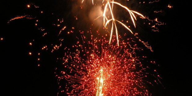 Fireworks light up the sky during Queenstown's Winter Festival. Photo / Creative Commons image by Flickr user Juan Manuel Gomez
