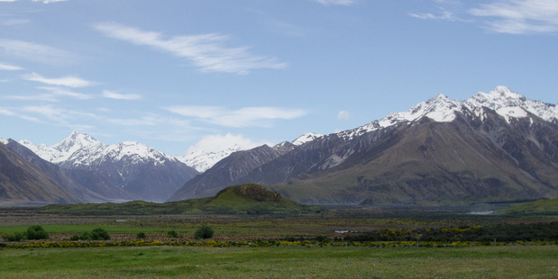 Mt Sunday in Canterbury played a starring role as the location of Edoras in 'The Two Towers' and 'The Return of the King' movies. Photo / Creative Commons image by Flickr user Jeff Hitchcock