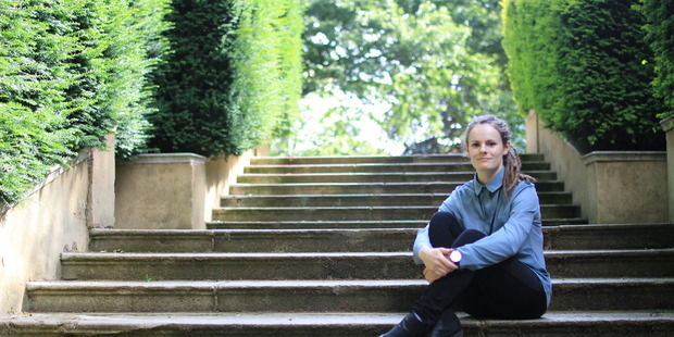 Hope Sutherland has been awarded one of only two bursaries at England's Oxford University, to go on a study exchange to Stanford University in the United States.