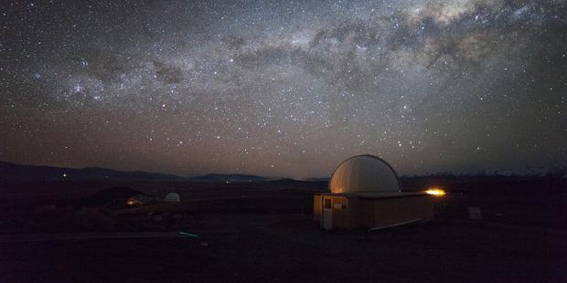 The night sky above the Mt John Observatory in Tekapo. Photo / Maki Yanagimachi, Earth&Sky