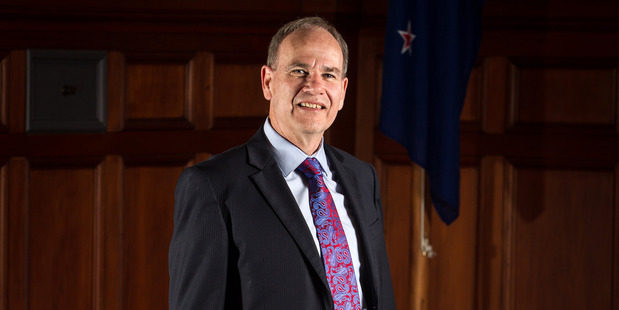 Len Brown urged colleagues to reinstate an originally proposed requirement for 10 per cent of homes in developments of more than 15 new dwellings to be affordable. Photo / Michael Craig