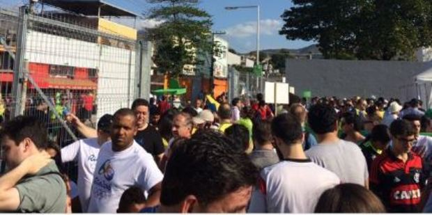 Queues outside Rio's Olympic stadium. Photo / via Twitter