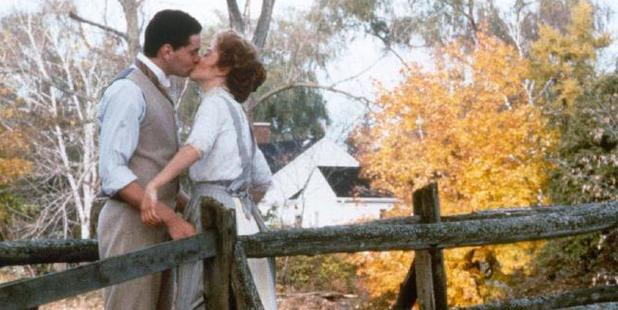 Jonathan Crombie as Gilbert and Megan Follows as Anne Shirley in Anne of Green Gables.