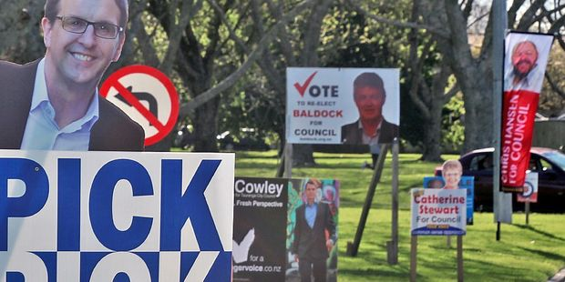 STRICT  RULES: Departing Tauranga Mayor Stuart Crosby is urging the 2016 council  candidates to strictly adhere to the election signage rules.  PHOTO/FILE.