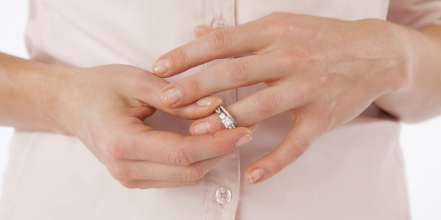 When a man sees a dazzling diamond ring on a woman's finger he immediately assumes she is 'high maintenance', according to Bruce Hurwitz. Photo / Getty
