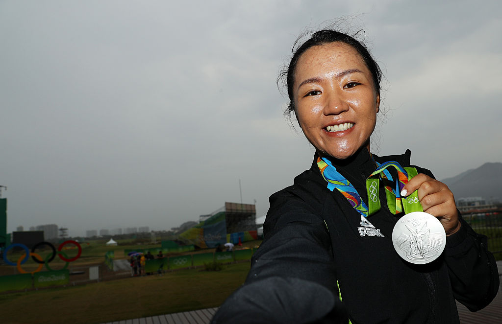 Lydia Ko with her silver medal. Photo / Getty