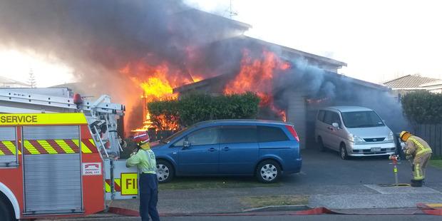 House fire on Dixon Road Papamoa. Photo James Smith