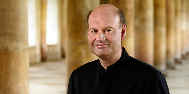 Conductor Stephen Layton ensured Thursday night's performance was a lively one.
