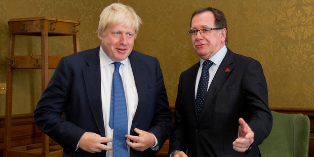 British Foreign Secretary Boris Johnson speaks with New Zealand Foreign Secretary Murray McCully. Photo / Getty Images