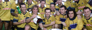 The Wallabies celebrate with the Bledisloe Cup after defeating the All Blacks at Carisbrook in 2001, their last victory in New Zealand. Photo /Getty