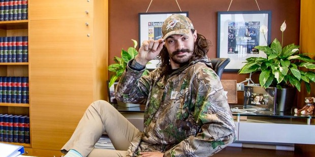 NBA star Steven Adams poses during a meeting with the Prime Minister. Photo / Facebook.