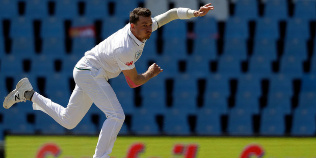 Dale Steyn watches his delivery on the fourth day of their second test against New Zealand. Photo / AP