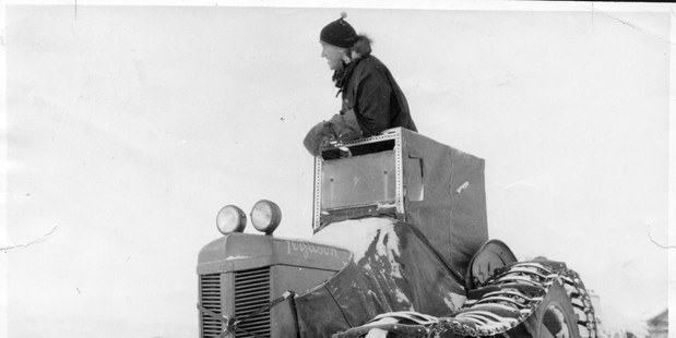 Loading Sir Edmund Hillary leads his tractor train out from Scott Base at the start of a journey to the South Pole in 1958. Photo / TRANS-ANTARCTIC EXPEDITION