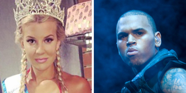 """Baylee Curran reportedly texted a friend saying Chris Brown was """"going down"""". Photos / Instagram, NZPA"""