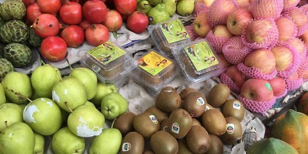 New Zealand kiwifruit at a market stall in Mumbai. Photo/Juliet Rowan
