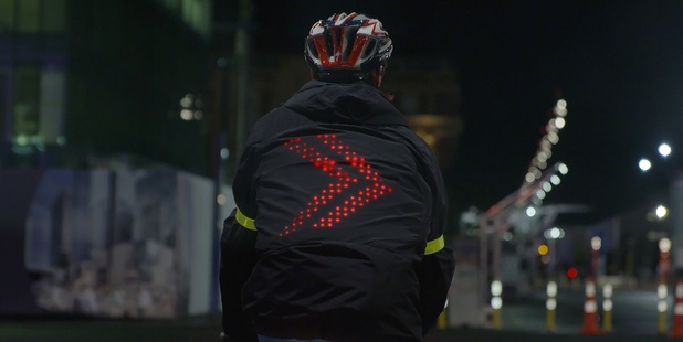 The LED lights on the Smart Jacket can signal the direction the cyclist will be turning using GPS connectivity.