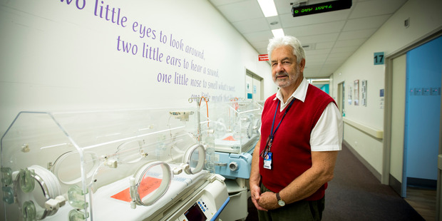 Loading Paediatrician Dr Simon Rowley from Auckland's Neonatal Intensive Care Unit. 6 September 2016 New Zealand Herald Photograph by Dean Purcell