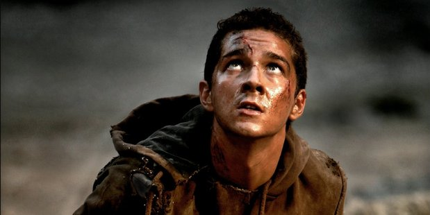 Shia LaBeouf as Sam Witwicky in the film Transformers.