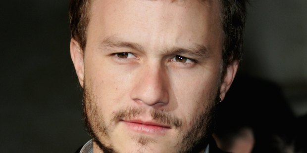Actor Heath Ledger arrives at The London Party at the Spencer House on February 18, 2006 in London, England. (Photo by MJ Kim/Getty Images)