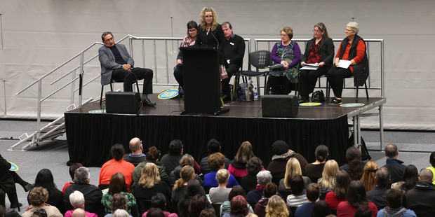 Merivale School principal Jan Tinetti speaks to a crowd of more than 1500 teachers and school staff who face a big shake up from a Government proposal. Photo/John Borren