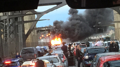 The Shocking Moment A Bus Catches Fire On The Sydney Harbour Bridge