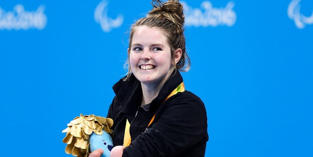 Loading Nikita Howarth of New Zealand stands on the podium after winning the gold medal in the Women's 200m Individual Medley SM7 final. Photo /Getty