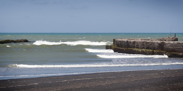 The mouth of the Patea River. Photo/ Bevan Conley