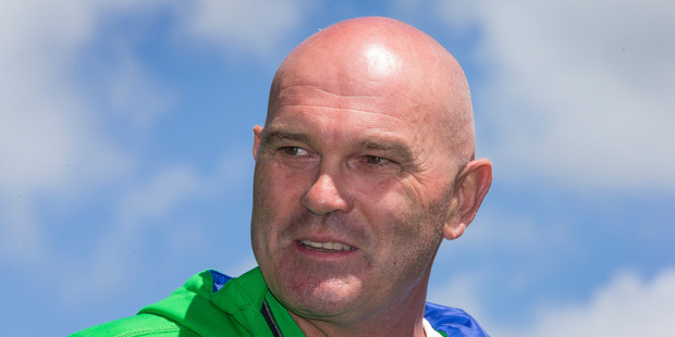 New Zealand cricket legend Martin Crowe turned to cannabis for pain relief as he battled cancer.