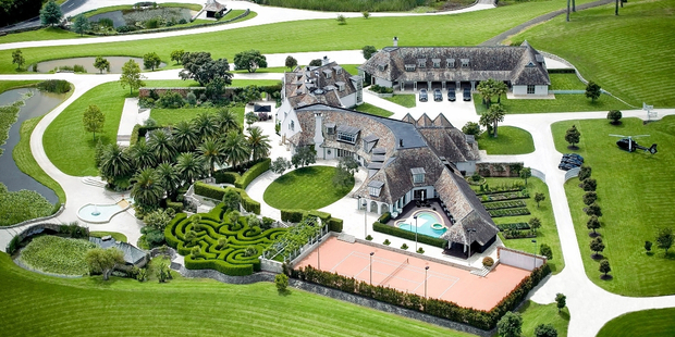 The Coatesville mansion formerly rented by Kim Dotcom was sold for $32.5 million. Photo / Supplied: Barfoot & Thompson