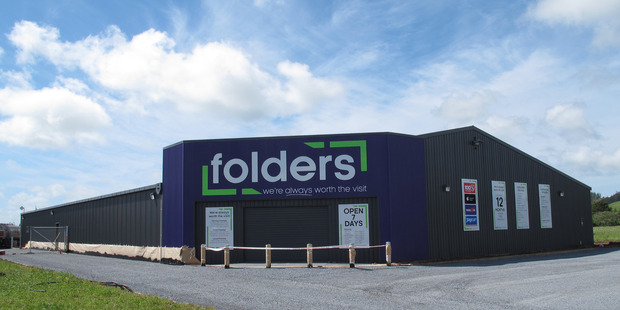 REGIONAL ASSET: The new Folders store on Kaitaia's North Park Drive is just a few days away from its November 22 opening. PICTURE/PETER DE GRAAF