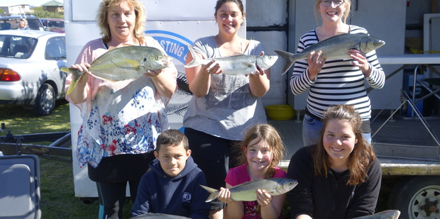 HOOK, LINE AND SINKER: Top placegetters in the recently 90 Mile Surfcasting Club's latest contest from back left, Jo Arthur, Bridgett Shapiro, Gemma Dixon (front) Koby Hokai, Madeline Shapiro and Amber Rogers. PHOTO/SUPPLIED