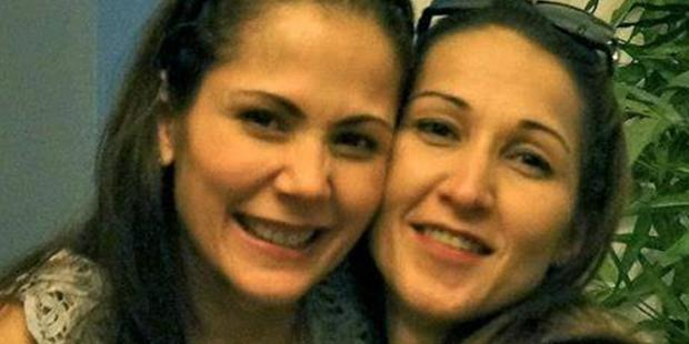 Aurora Moynihan (right) with her sister Maritoni Fernandez. Photo / Facebook