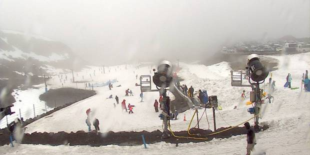 Skiers enjoy snowy conditions at Mt Ruapehu's Turoa skifield this afternoon. Photo: Mtruapehu.com