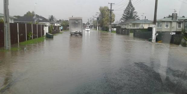 Loading Auckland man Daniel Weaver took this photo of the flooding on Sheehan Avenue in Papakura about 4.30pm.