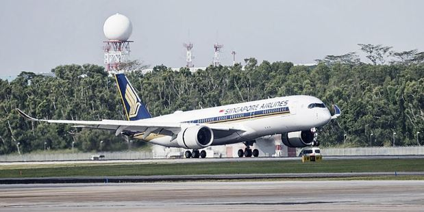 The aviation industry is supporting a UN proposal to limit pollution from international flights. Photo / Getty Images
