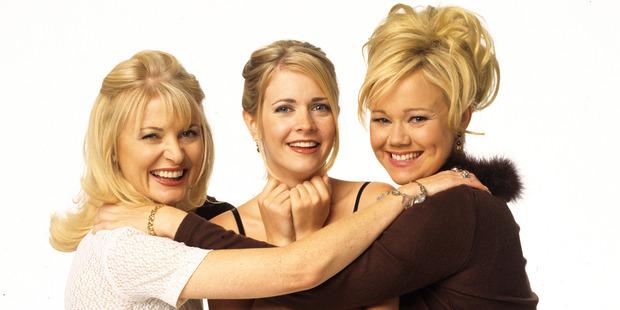 Beth Broderick (Zelda), Melissa Joan Hart (Sabrina), Caroline Rhea (Hilda). Photo / Getty