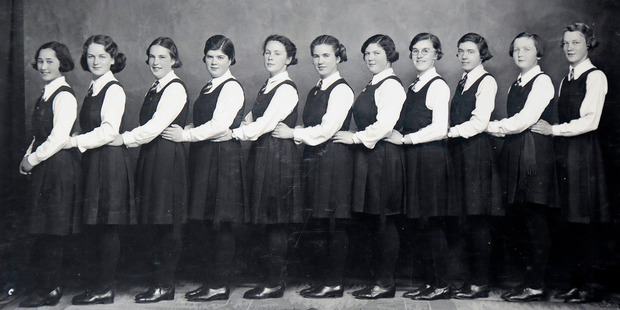 Eunice Chisholm (second left) with the 1935 WGC hockey team that included her friends Lorna Metekingi (left) and Eileen Paul (second right).