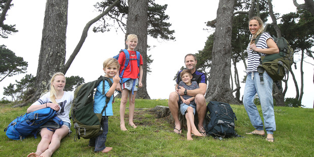 Loading Sophie Stokes, and her partner Carl are taking their four children, Kasha 12, Cove, 3, Triton, 7, and  Ronin, 6, backpacking for a year, starting in December. Photo / John Borren